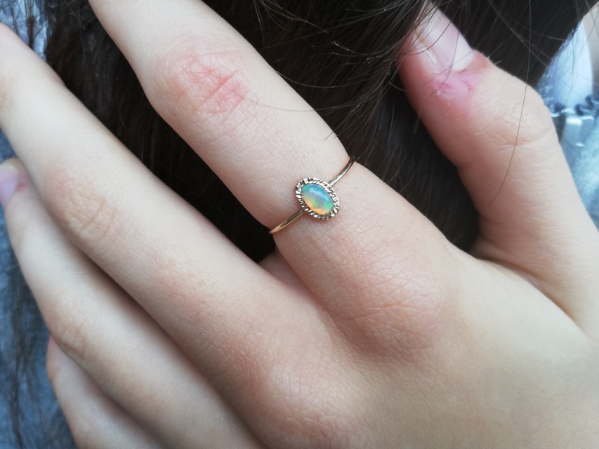 Things to Consider When Buying Opal Rings