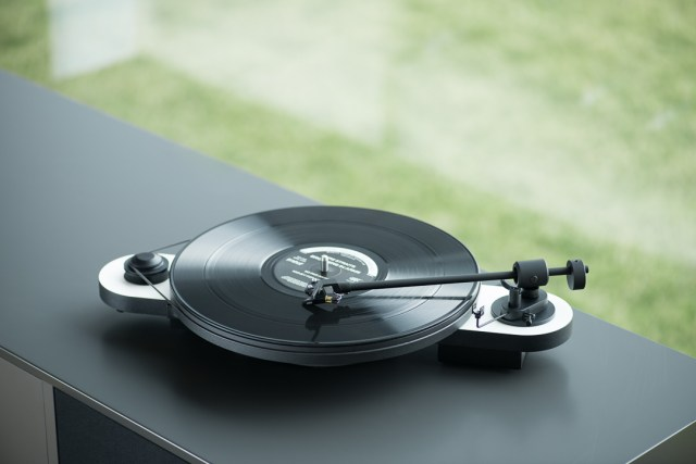 How do you choose the right turntable for you?